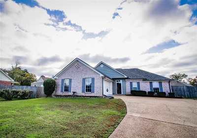 Pearl Single Family Home For Sale: 603 Juniper Cv