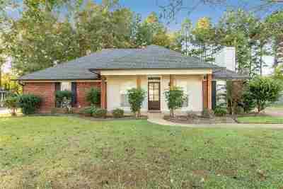 Madison Single Family Home Contingent/Pending: 116 Raintree Rd