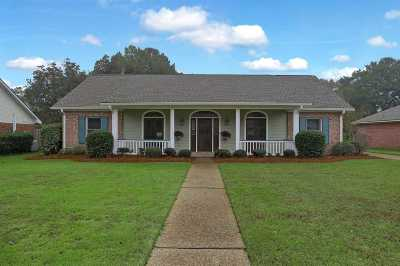 Madison County Single Family Home For Sale: 203 Heritage Dr