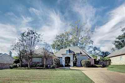 Madison County Single Family Home For Sale: 228 Highleadon Dr