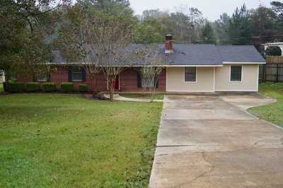 Florence, Richland Single Family Home For Sale: 203 Walker Cir