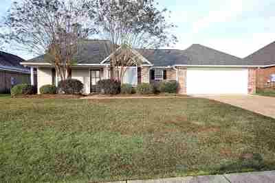Brandon Single Family Home For Sale: 294 Cherry Bark Dr