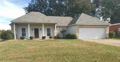 Brandon Single Family Home For Sale: 248 Cherry Bark Dr