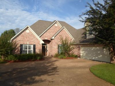 Madison County Single Family Home Contingent/Pending: 117 Sonnet Cir
