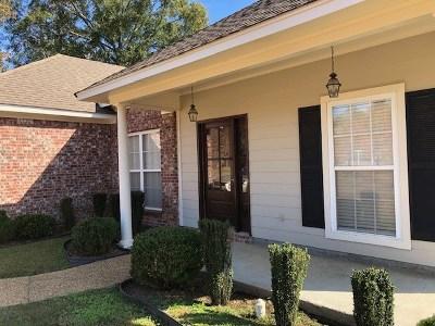 Canton Single Family Home For Sale: 128 Stapleton Dr