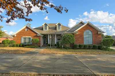 Clinton Single Family Home For Sale: 106 Grand Oak Blvd
