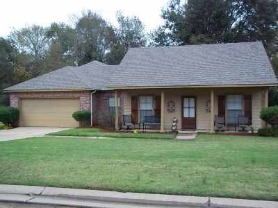 Canton Single Family Home Contingent/Pending: 108 Northgate Dr