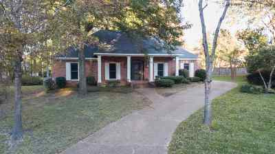 Ridgeland Single Family Home Contingent/Pending: 224 Winsmere Way