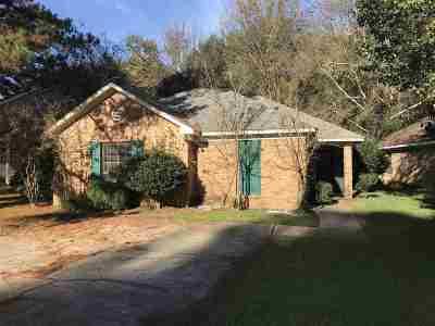Brandon Single Family Home For Sale: 39 Ashland Ave