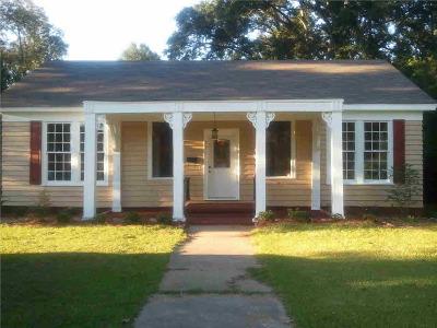 Canton Single Family Home Contingent/Pending: 221 E Center St
