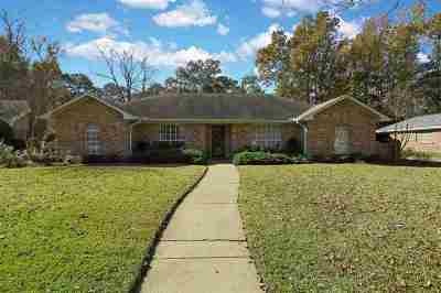 Brandon Single Family Home For Sale: 321 Millcreek Dr