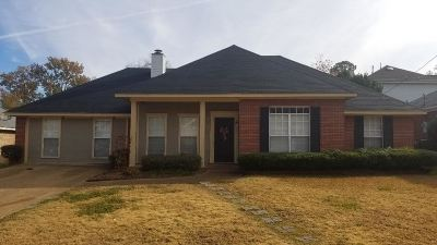 Madison County Single Family Home Contingent/Pending: 712 Hope Farm Rd