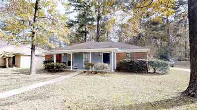 Brandon Single Family Home Contingent/Pending: 120 Sunline Dr