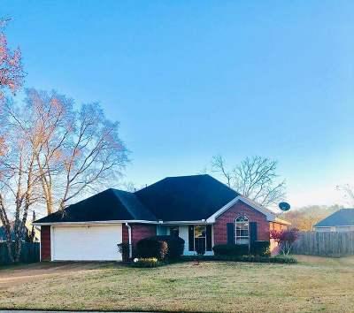 Byram Single Family Home Contingent/Pending: 5057 Wagonwheel Dr