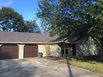 Ridgeland Rental For Rent: 111 E Willow Court