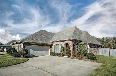 Brandon Single Family Home For Sale: 112 Meadow Pointe Cv