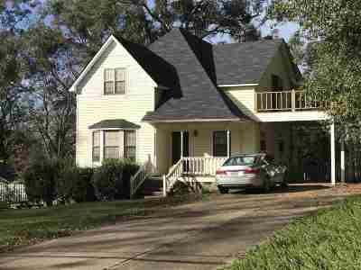 Carthage MS Single Family Home For Sale: $134,500
