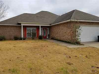 Pearl Single Family Home For Sale: 122 Beechwood Cir