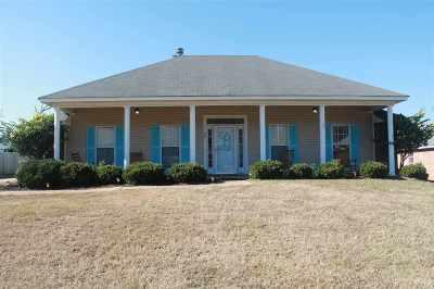 Byram Single Family Home For Sale: 261 Callaway Cir