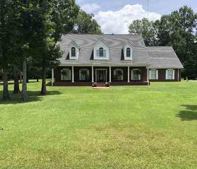 Scott County Single Family Home For Sale: 273 Woodhaven Dr