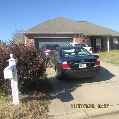 Pearl Single Family Home Contingent/Pending: 113 Beechwood Cir