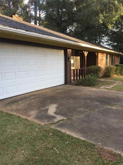 Hinds County Single Family Home For Sale: 3170 Benson Dr