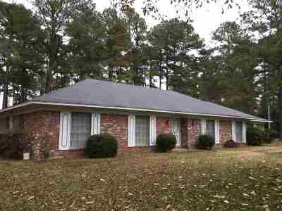 Madison County Single Family Home For Sale: 879 N Old Canton Rd