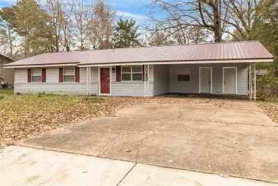 Pearl Single Family Home Contingent/Pending: 355 Mary Ann Dr