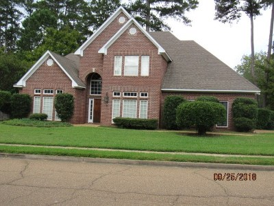 Ridgeland Single Family Home For Sale: 625 Wendover Way