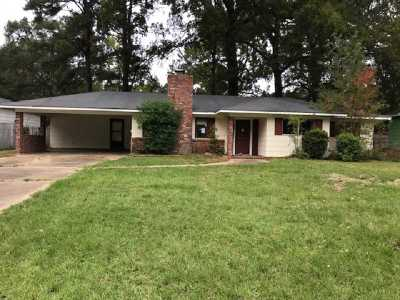 Hinds County Single Family Home Contingent/Pending: 346 Bounds St