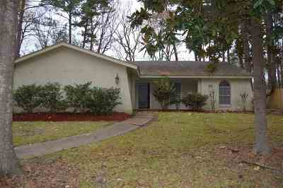 Rankin County Single Family Home Contingent/Pending: 414 Bay Park Dr