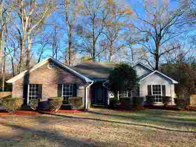 Byram Single Family Home Contingent/Pending: 909 Mountain Crest Dr