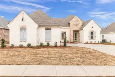 Canton Single Family Home Contingent/Pending: 108 Glenwild Trail