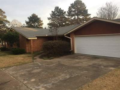 Pearl Single Family Home Contingent/Pending: 2037 Beechwood Blvd