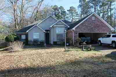 Jackson Single Family Home For Sale: 73 Dianne Cv