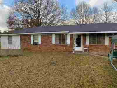 Leake County Single Family Home For Sale: 2498 Hwy 16 West