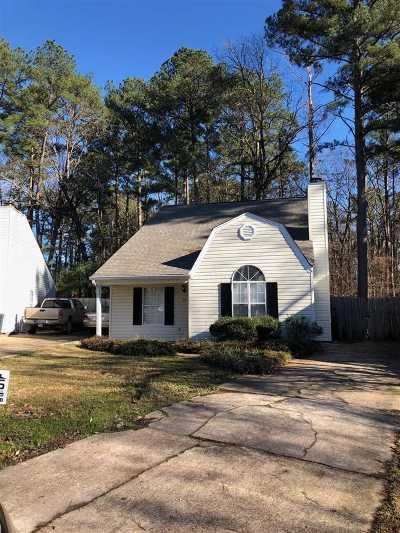 Brandon Single Family Home For Sale: 314 N Grove Cir