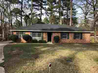 Brandon Single Family Home Contingent/Pending: 106 Cumberland Ct