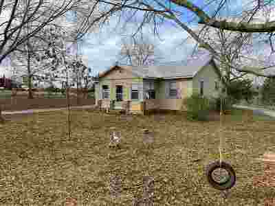 Forest MS Single Family Home Contingent/Pending: $39,900