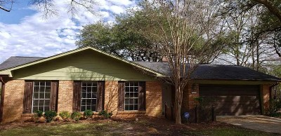 Clinton Rental For Rent: 213 Kitchings Dr