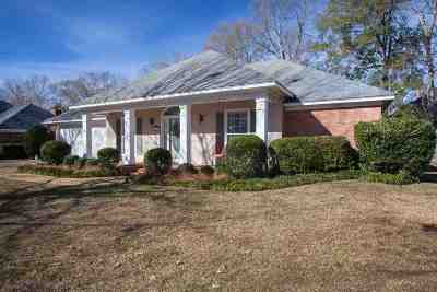 Madison Single Family Home Contingent/Pending: 413 Summer Hill Rd