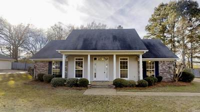 Byram Single Family Home For Sale: 935 Eagles Nest Dr