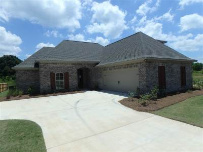 Madison County Single Family Home For Sale: 132 Woodscape Dr #Lot 38