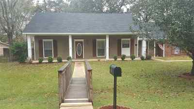 Byram Single Family Home For Sale: 1625 Gregory Dr