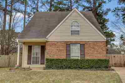 Madison Single Family Home Contingent/Pending: 103 Haley Creek Dr