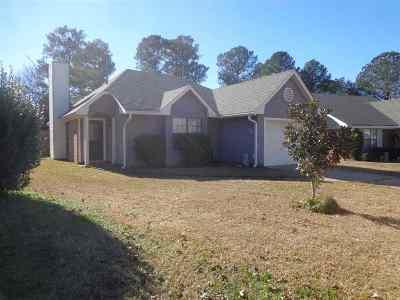 Pearl Single Family Home For Sale: 226 Patton Village Cv