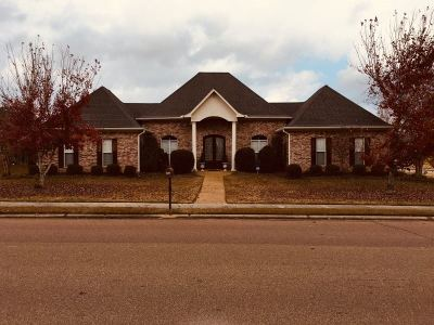 Brandon Single Family Home For Sale: 421 Edgewood Crossing