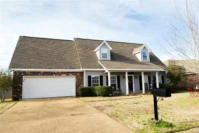 Pearl Single Family Home Contingent/Pending: 538 Planters Dr