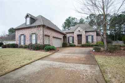 Madison Single Family Home Contingent/Pending: 120 Glenwood Bend