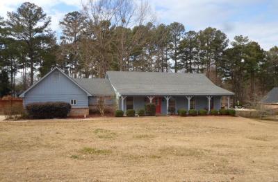Byram Single Family Home For Sale: 908 W Lake Dockery Dr